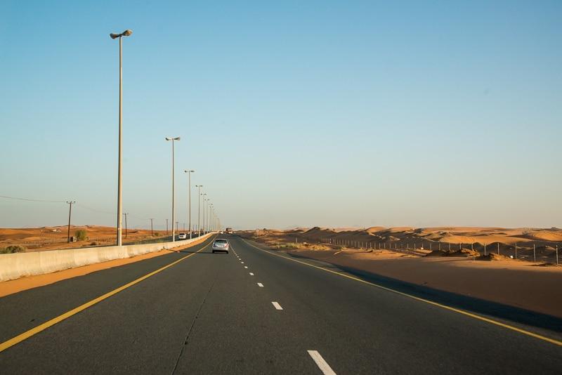 Auf dem Weg durch Dubai, Foto: SImon Bierwald (Indeed Photography)