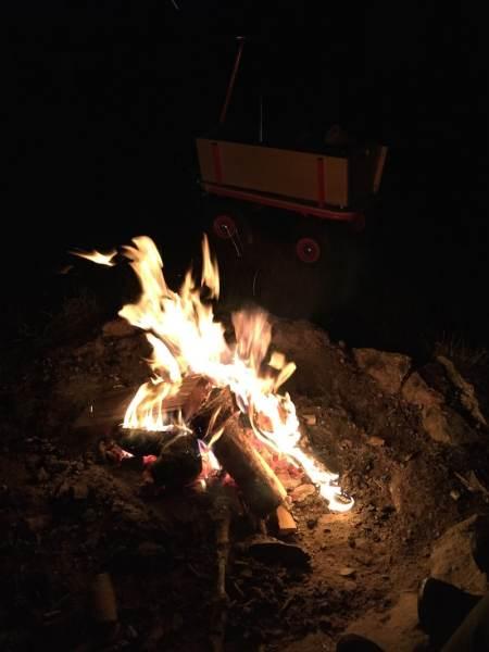 Lagerfeuer auf dem Äckerhof