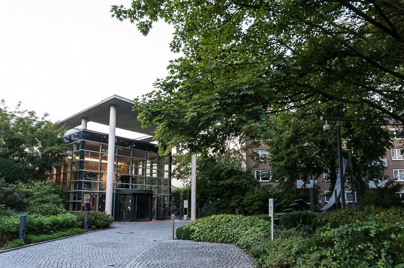 Eingang der Carolus Thermen