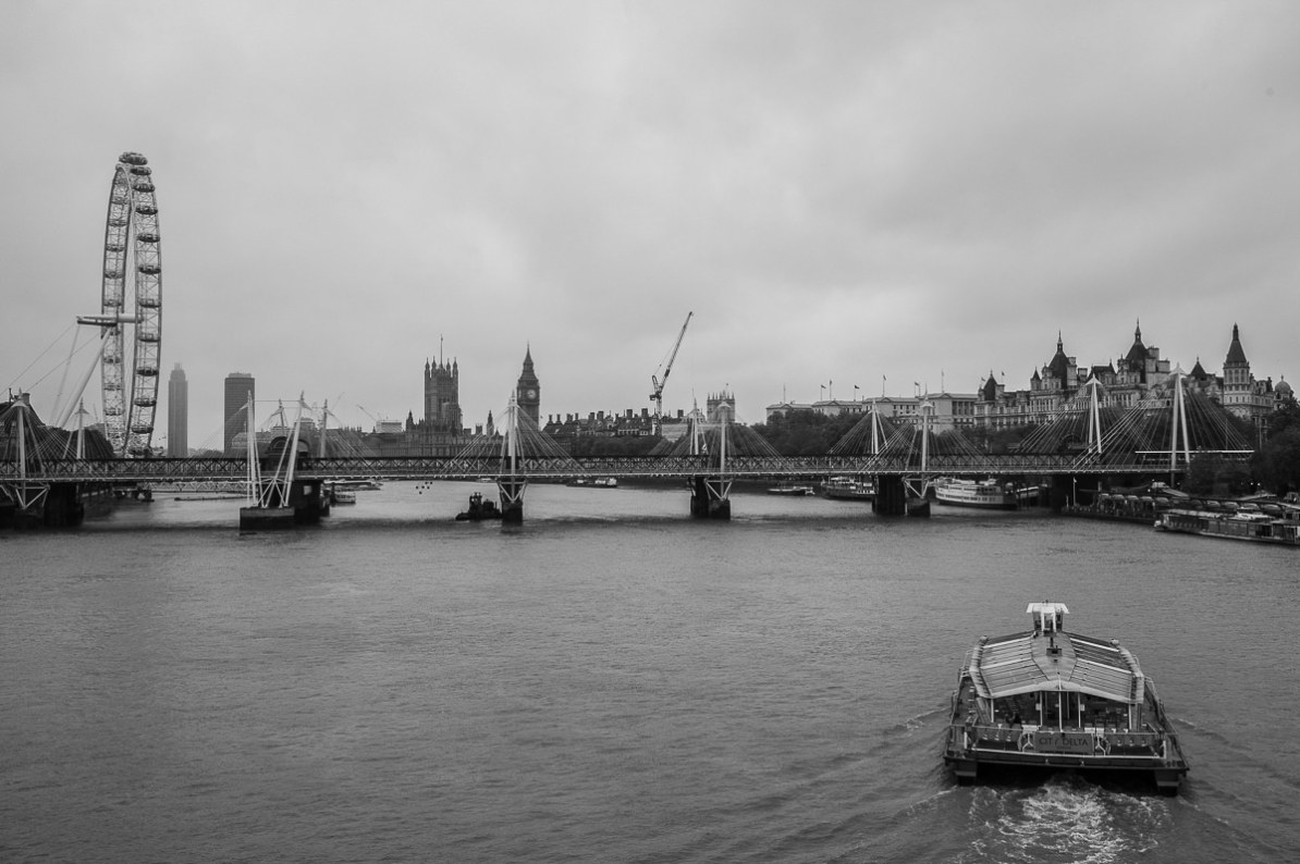 London Eye, Themse und Big Ben