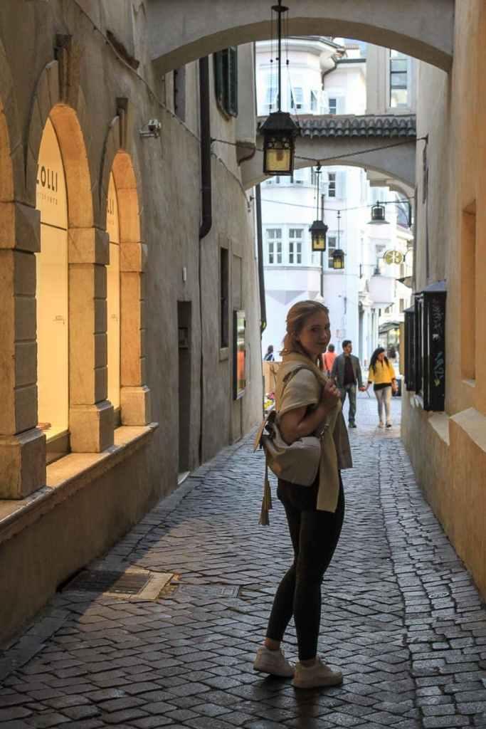 Corinna unterwegs in Bozen
