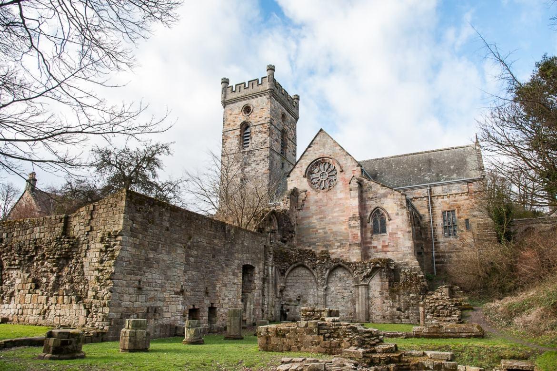 Culross Abbey bzw. Culross & Torryburn Church of Scottland