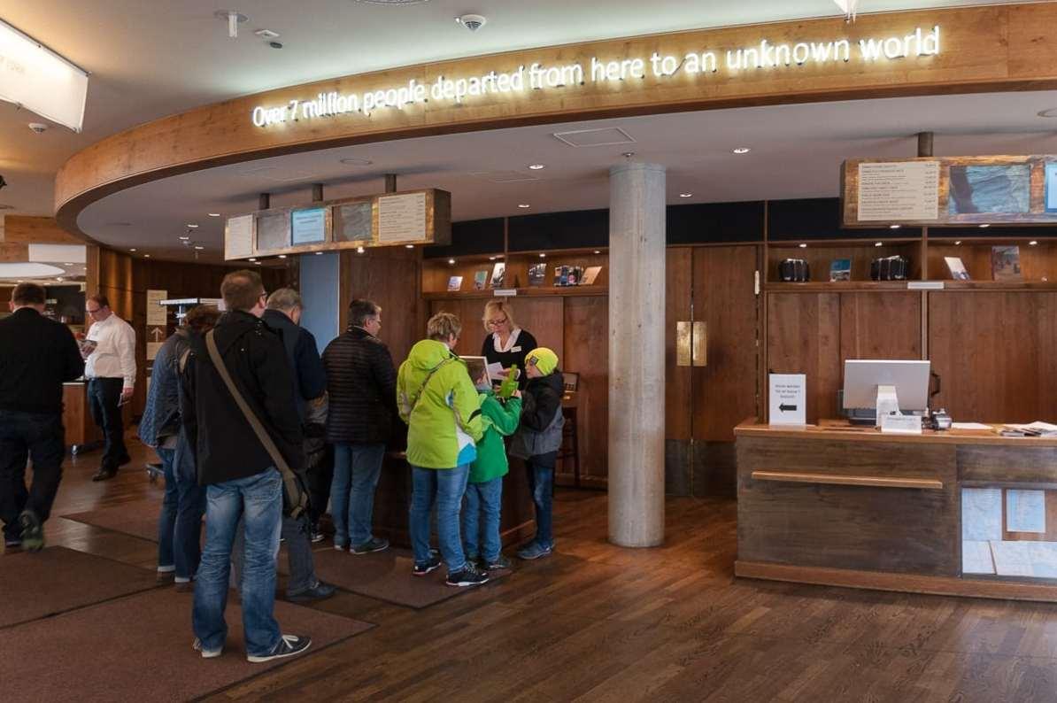 Ticketschalter des Deutschen Auswandererhauses Bremerhaven