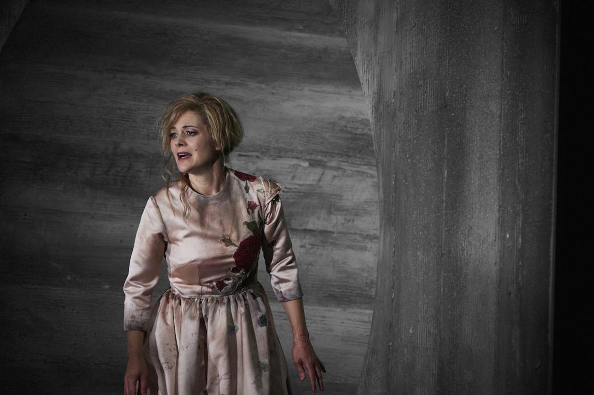 Faust (Theater Dortmund): Eleonore Marguerre, Foto: Thomas Jauk