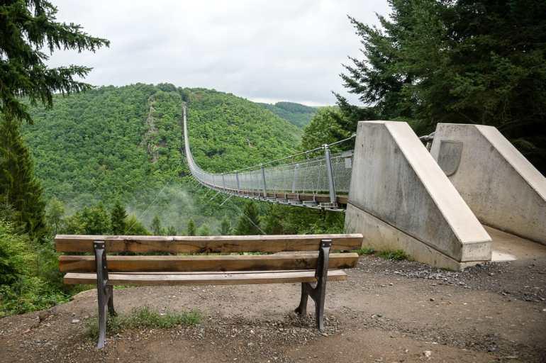 Geierlay-Hängeseilbrücke über den Mörsdorfer Bachtal