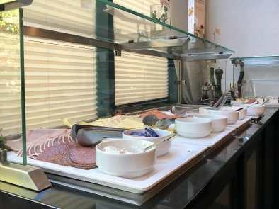 reichhaltiges Frühstücksbuffet - auch herzhaft