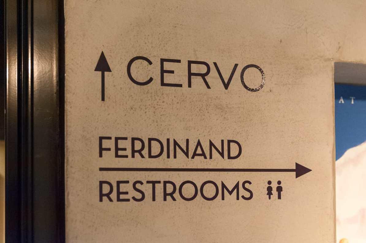 Wegweiser zwischen Cervo und Ferdinand