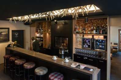 Puro Lounge - Barbereich