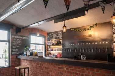 Ausschank und Restaurant in der Northern Monk Brewery
