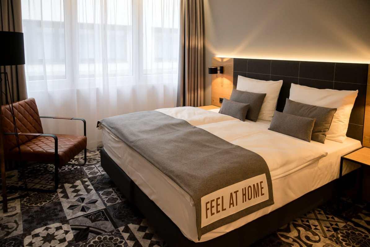 Unser Hotelzimmer mit Kingsize Bett (King Room)