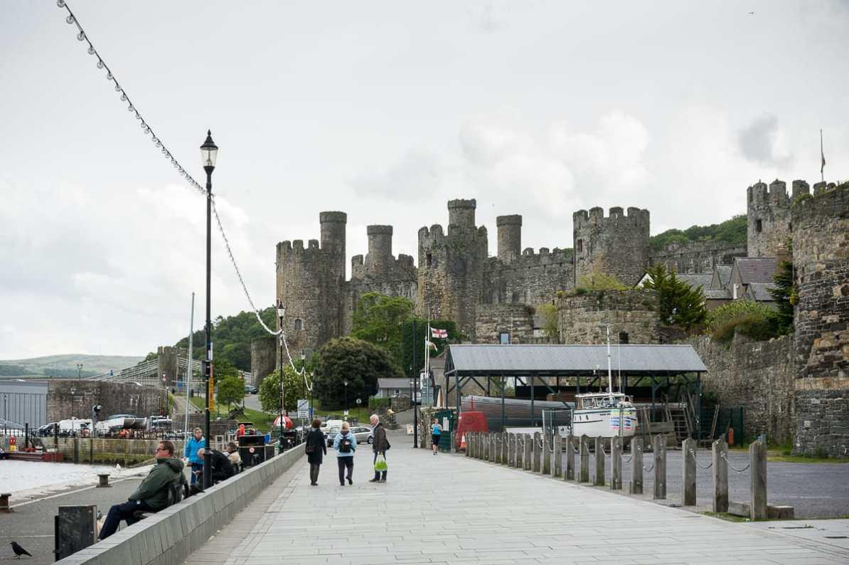 Conwy Castle vom kleinen Hafen aus