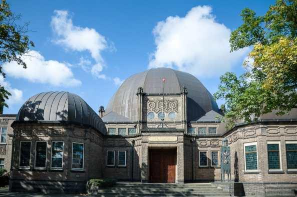 """Die """"neue"""" Synagoge in Enschede"""