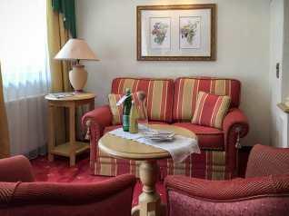Doppelzimmer Royal mit Balkon und Sitzecke