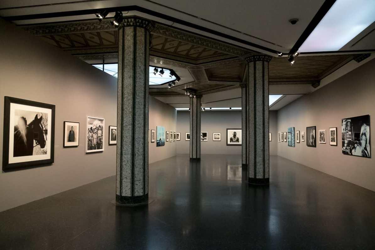 Die fast willkürliche Hängung der Anton-Corbijn-Ausstellung