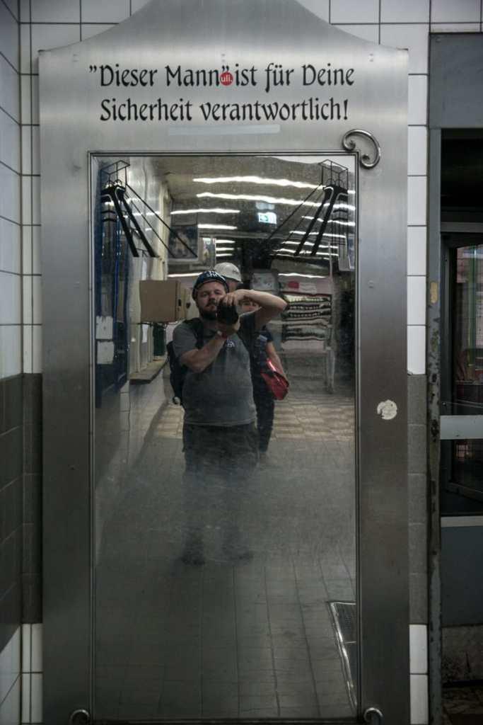 Eines der wenigen Fotos, die uns vor der Tür erlaubt sind - Sicherheit ist wichtig