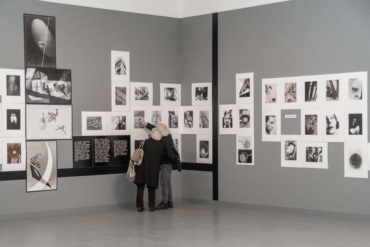 """Die László-Moholy-Nagy-Ecke in der """"Bauhaus und die Fotografie""""-Ausstellung."""