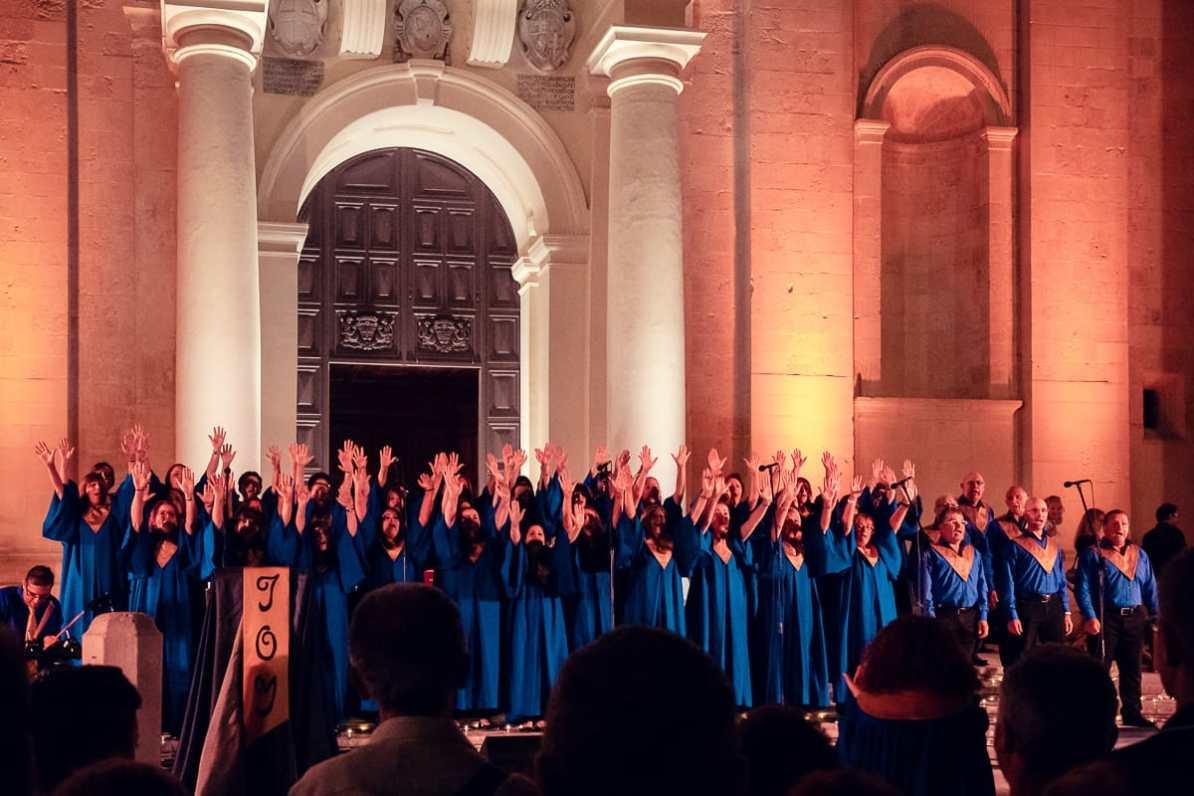 Joy Gospel Choir vor der St. John's Co-Cathedral
