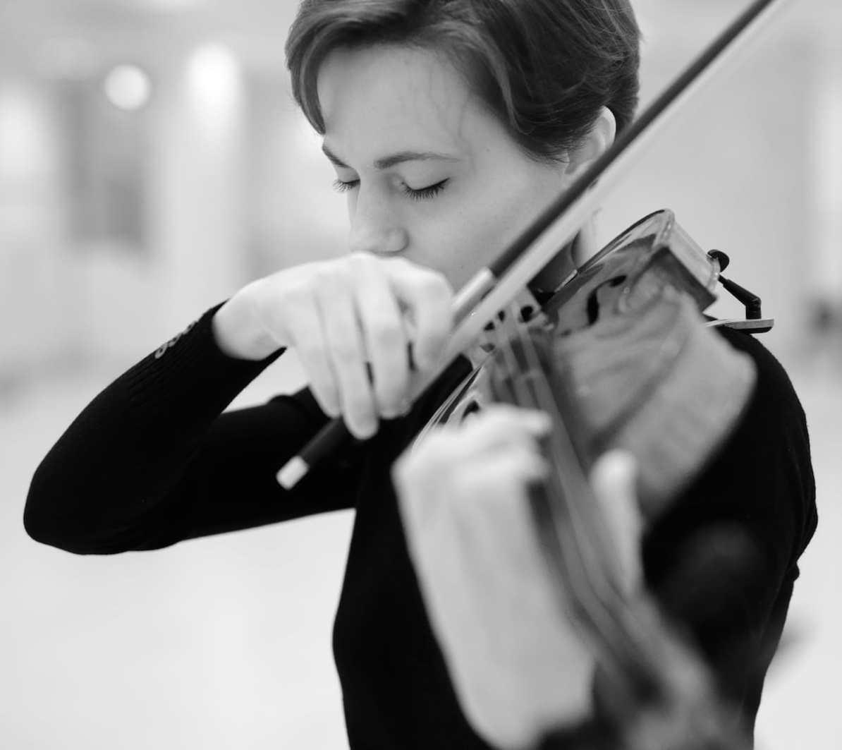 Susanne Schmidt, Wagner-Geige - Violinen der Hoffnung Foto: Paul Galke.