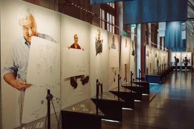 Sketches of Science Ausstellung im Nobelpreismuseum - Nobelpreisträger zeichnen ihr Themengebiet - Nahaufnahme von Sketchen