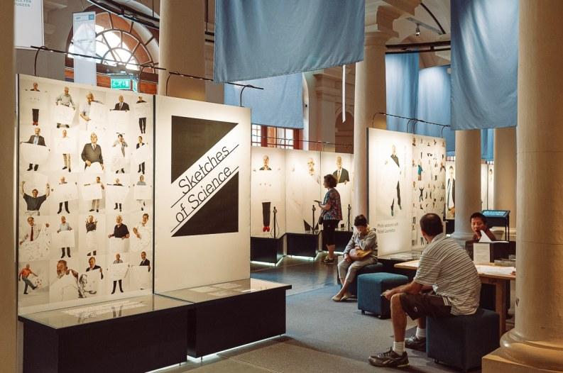 Sketches of Science Ausstellung im Nobelpreismuseum - Nobelpreisträger zeichnen ihr Themengebiet