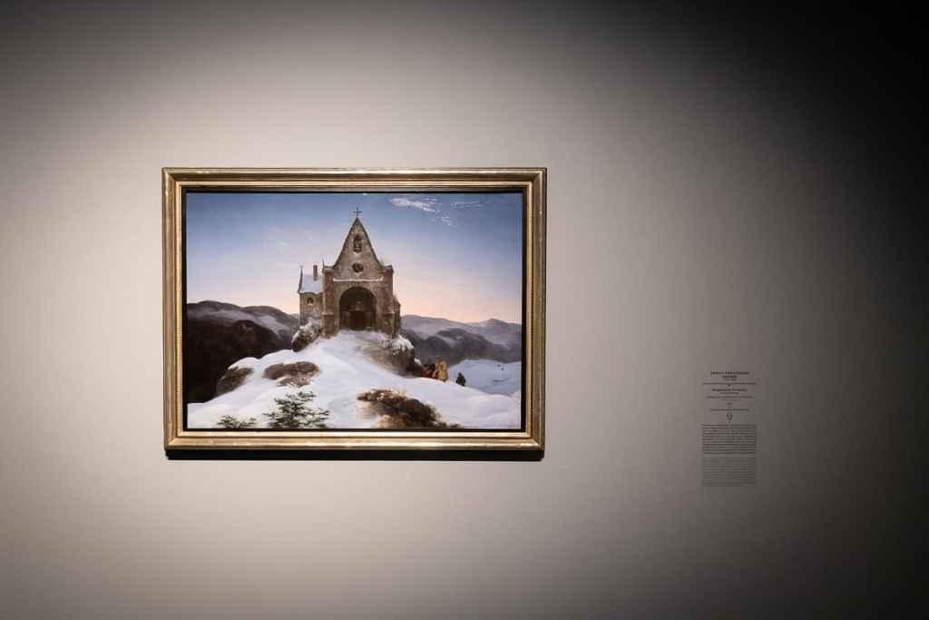Bild in der Ausstellung: Bergkapelle im Winter, Ernst Ferdinand Oehme