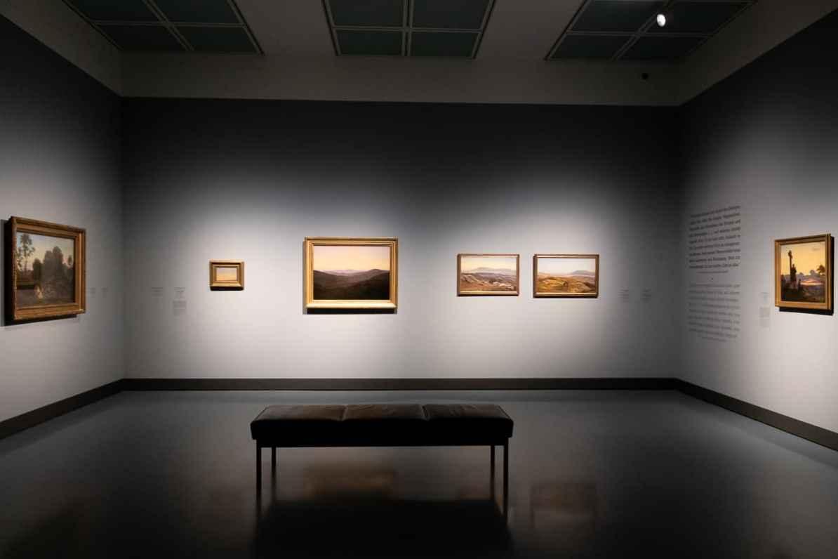Blick in Teil II der Ausstellung Caspar David Friedrich & die Düsseldorfer Romantiker