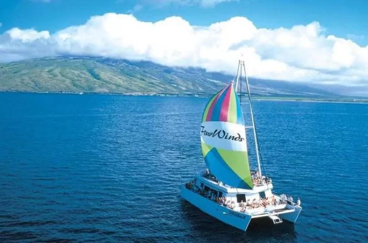 molokini snorkel touring catamaran on Maui