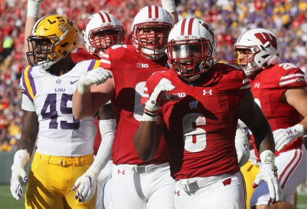 Wisconsin Beats LSU, 16-14