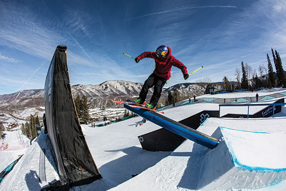 russ was skiing great at x-games, minus right acl and all. © christian pondella/espn images