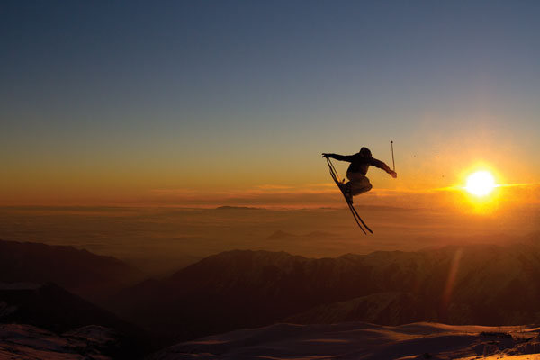 Olof Larsson, sunset session (Valle Nevado sunsets are awesome!) © Dan Pizza dpsskis.com