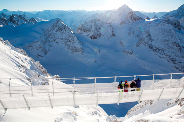 There's views and then there's taking a stroll along Europe's highest suspension bridge © Engelberg-Titlis