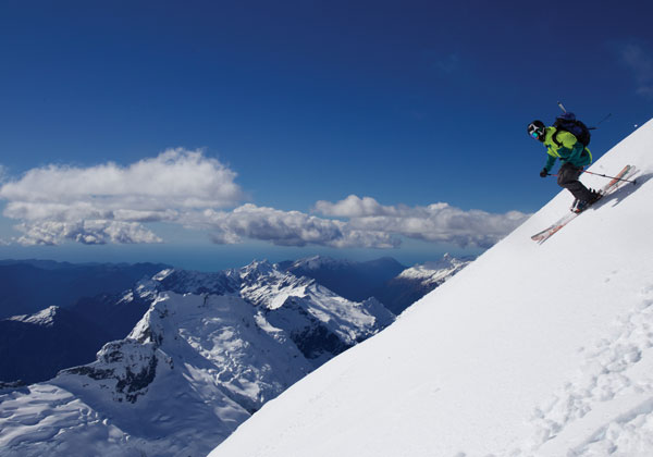 Skiing north west ridge Mt Aspiring
