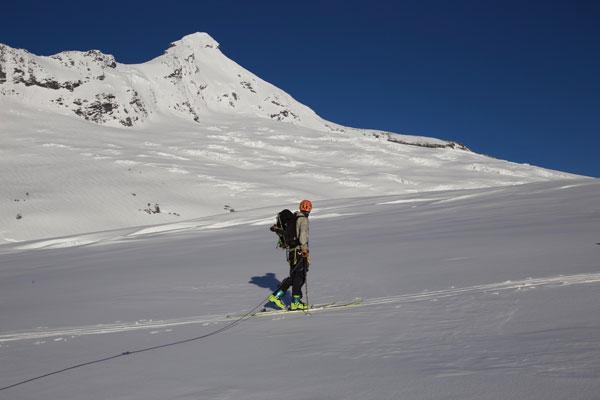 Crossing Bonar Glacier to Mt Aspiring