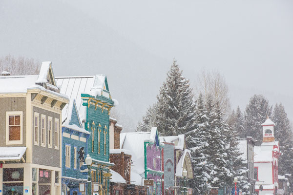 Snowy day at Crested Butte town