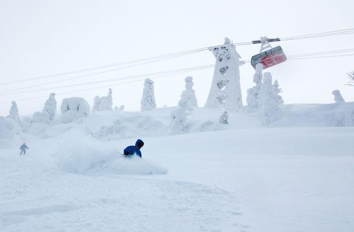 Deep snow under rope way at Hakkoda