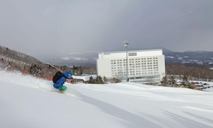 Ski back to hotel Shizukuishi Ski Resort