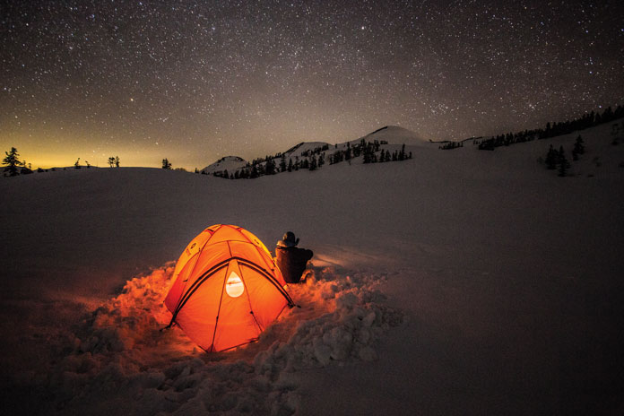 View of stars snow camping Myoko Grand Traverse