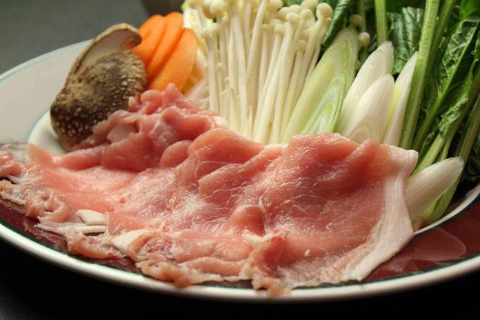 Clubman Lodge shabu shabu dinner plate