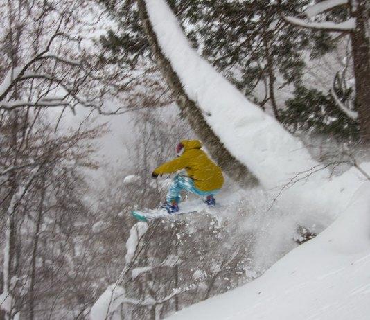 Hikaru Taira hits a big tree feature at Okutone Snow Park