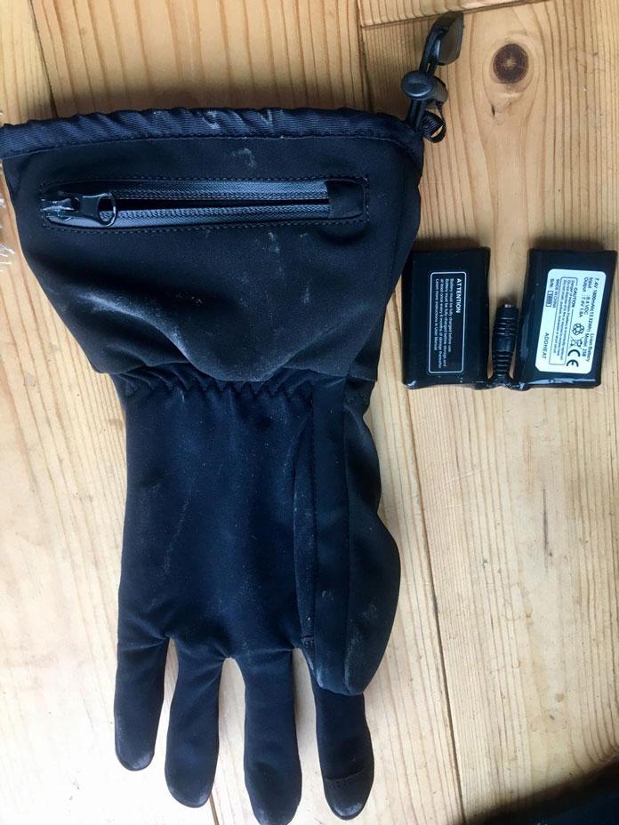 View of battery insert pocket on Venture Heat Avert glove liners