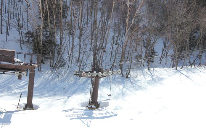 Old single chairlift at Nikko Yumoto ski area