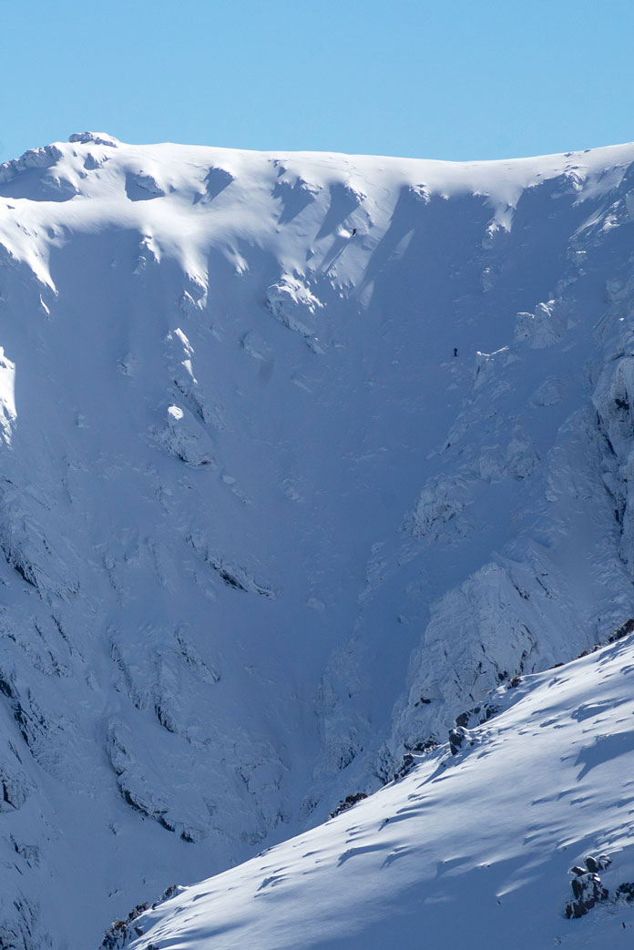 Two skiers hit the Waterfall, Watsons Crags, Main Range