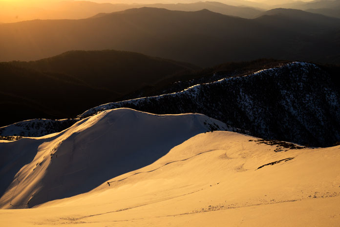 Drew Jolowicz sunset line on Feathertop's North Face