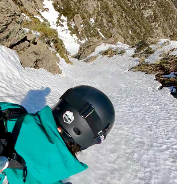 Dropping into Watsons Crags testing the Carve Reverb helmet