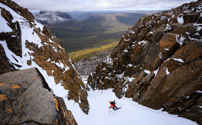 Skiing the Biig Gun couloir, Du Cane Range, Tasmania