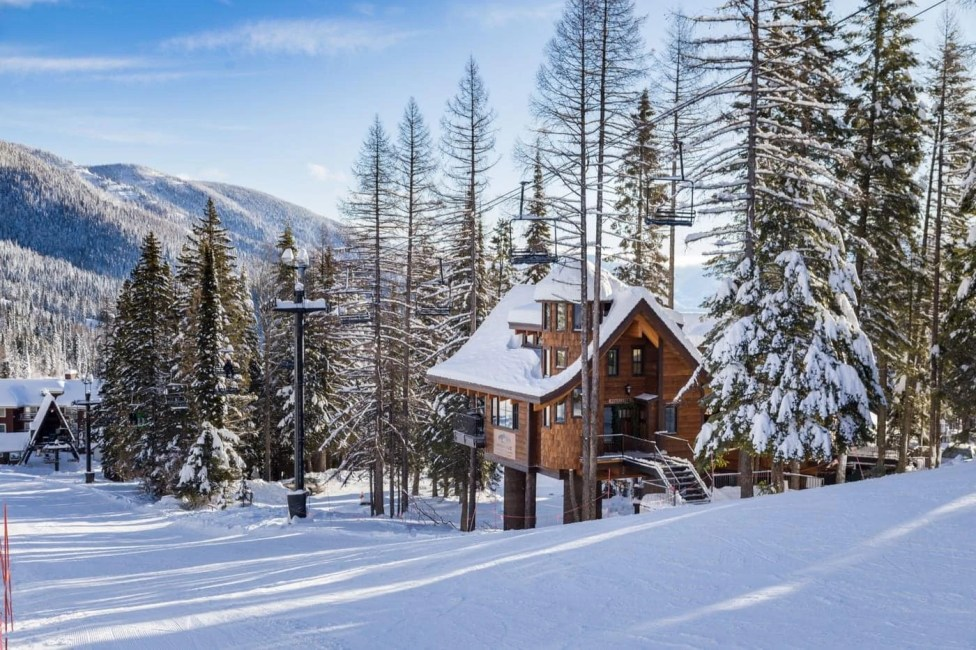 You'll enjoy incredible, TRUE ski-in, ski-out access to Whitefish Mountain Resort [Ponderosa]