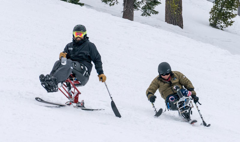 Disabled veterans skiing