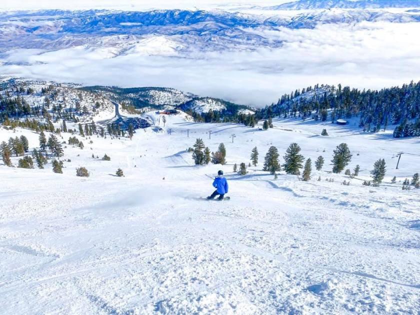 ski mt rose view