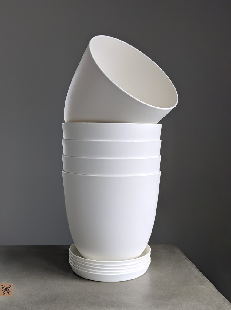 white plastic plant pots for decoupage with drainage holes and tray from amazon