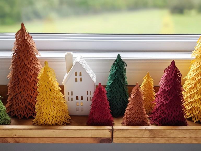 Christmas village, mantel decor